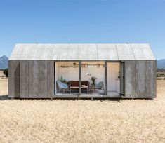 Gallery of Portable House / Ábaton Arquitectura - Modern Tiny House Small House Living, Small Space Living, Small Spaces, Living Area, Prefabricated Houses, Prefab Homes, Tiny Homes, Spanish Architecture, Architecture Design
