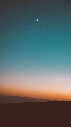 desert under starry sky photo – Free Sky Image on Unsplash Twilight Images, Twilight Sky, Twilight Pictures, Mountain Wallpaper, Nature Wallpaper, Wallpaper Space, Screen Wallpaper, Free Sky, Aesthetics Tumblr