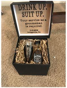 Asking Groomsmen, Groomsmen Gifts Unique, Groomsmen Gift Box, Be My Groomsman, Wedding Gifts For Groomsmen, Groomsmen Proposal, Bridesmaid Proposal Box, Bridesmaids And Groomsmen, Gifts For Wedding Party