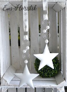 Rita - Welcome Metal Stars, A Star Is Born, Christmas Decorations, Holiday, Crafts, Home Decor, Garlands, Hair, Ideas