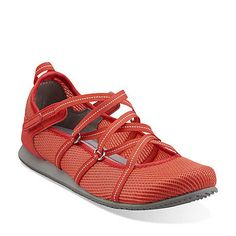 love the mesh version of this style shoe. looks like they will let your feet breathe. I just hate wearing close toed shoes in the spring and summer but sometimes you just have to!