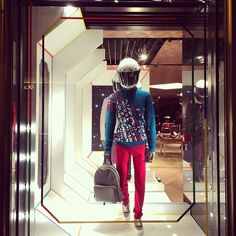 @onnyvoitrien #berluti #window ...Instagram photo | Websta (Webstagram)