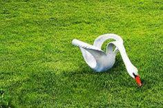 Recycled Tire Swan - aus Reifen hergestellt