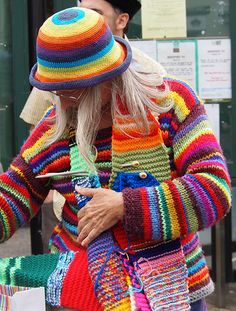 Knitting a rainbow hat