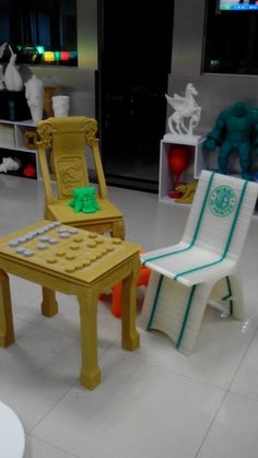 Let us play chess! just Enjoy life! Stool, Chair, 3d Printer, Daisy, Play, Furniture, Home Decor, Life, Art