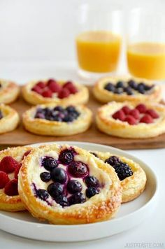 Fruit and Cream Cheese Breakfast Pastries Recipe (with puff pastry) (menu ideas - sweet )