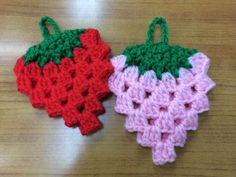 アクリルたわし【いちご】の作り方|編み物|編み物・手芸・ソーイング | アトリエ|手芸レシピ16,000件!みんなで作る手芸やハンドメイド作品、雑貨の作り方ポータル
