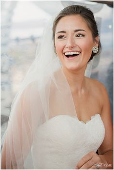 A Colorado wedding featuring a Martina Liana designer wedding gown. Photos by Elevate Photography.