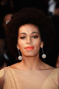 The Best Celebrity Eyebrows - Solange Knowles
