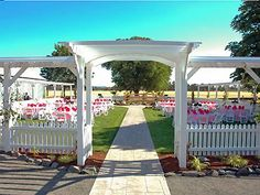 Clear Lake Gardens Eugene And Other Beautiful Willamette Valley Wedding Venues Detailed Info Prices Photos For Oregon Reception Locations