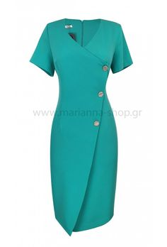 Φόρεμα κρουαζέ πετρολ.Είναι σε ίσια γραμμή με κοντά μανίκια και διακοσμητικά κουμπιά. Κουμπώνει στην πλάτη με φερμουάρ.Ελληνική ραφή. Short Sleeve Dresses, Dresses With Sleeves, Casual Looks, Dresses For Work, Shopping, Fashion, Moda, Sleeve Dresses, Fashion Styles