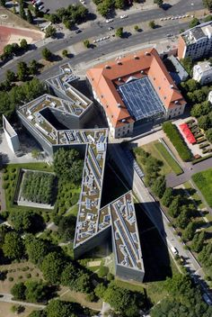 Jewish Museum:  Aerial View.  The shape of the building in plan is a further statement of the instability and chaos created by the holocaust.  Yet there is a couple of straight lines in it. A sign of hope?  Of rationality in chaos?  The lines are cut through but are still intact.