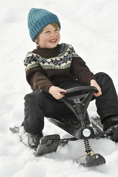 Modell Til Fjells 1011 Crochet Projects, Baby Car Seats, Baby Strollers, Knitting Patterns, Knit Crochet, Winter Hats, Ornament, Baby Boy, Children