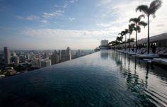 Ammirare la caotica Singapore da un punto di vista decisamente speciale: Marina Bay Sand Hotel