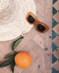 "641 gilla-markeringar, 4 kommentarer - Fanny Ekstrand (@fannyekstrand) på Instagram: ""On my way to breakfast-attire includes sunscreen and what we in Sweden call färdkost """