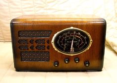 1937 Delco Model R-1120 Vintage Tube Radio