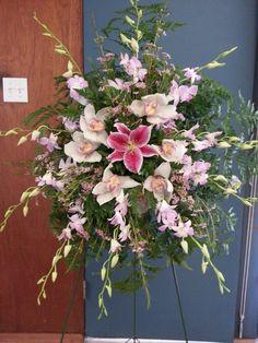 #funeralFlowers #Ideas Funeral Flower Arrangements, Funeral Flowers, Advent, Funeral Ideas, Floral Wreath, Wreaths, Home Decor, Flower Arrangements, Flowers