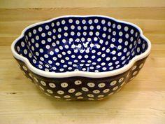 Polish Pottery 10-inch Scalloped Fluted Bowl   Boleslawiec Stoneware   Polmedia H7818G