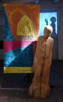 Beautiful Eindr cke unserer Ausstellung Stein Stoff Schatten mit Skulpturen aus dem Formenpark Quilts von