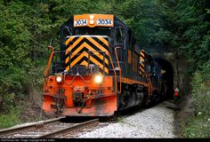 RailPictures.Net Photo: WLE 3034 Wheeling & Lake Erie EMD SD40-3 at Redds Mill, Pennsylvania by Ben Sutton