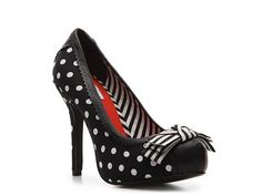 I´m currently making a 50´s style dress in the same print, and these would  be oh so cute with it!
