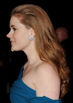 Amy Adams is a natural beauty Amy Adams Enchanted, Amy Adams Style, Long Auburn Hair, Nose Makeup, Amazing Amy, Female Actresses, Hair Photo, About Hair, Woman Face