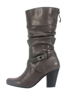 my fav kind of boots! black tall boots with a heel! but these are a little brown.. ;) but i still love em!
