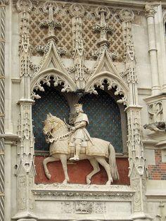 Château de Blois (Loir-et-Cher) - Statue équestre de Louis VII (1857) par Seurre | Flickr - Photo Sharing!