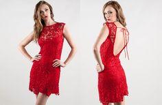 Vestido lindo das Lojas Renner! http://andressapacheco.blogspot.com.br/2013/09/achados-vestido-de-renda-vermelho.html