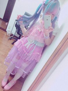 ガールポップジャパン ☆彡 Fairy Kei ☆彡 Decora ~ Kawaii fashion ~ j fashion ~ harajuku ~ gyaru ~ fairy kei ~ lolita fashion ~ gothic lolita ~ pastel goth ~ sweet lolita ~ rainbow hair ~ pastel hair ~ lilac hair Pastel Goth Fashion, Kawaii Fashion, Lolita Fashion, Colorful Fashion, Cute Fashion, Girl Fashion, Style Lolita, Mode Lolita, Gothic Lolita
