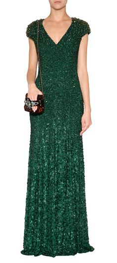 A regal choice for your most special evening events, Jenny Packham's emerald green gown features intricate allover embellishment and a flawless fitted and flared silhouette #Stylebop $4,620