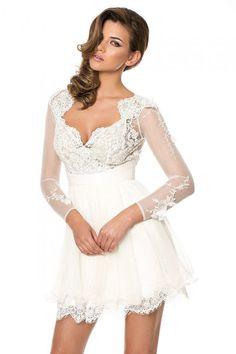 Little White Dress, cea mai versatila rochie a verii!