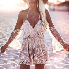 Daily Fashion Trends: 40 Trendy Summer Outfits - Tap the link to see the newly released collections for amazing beach bikinis! Daily Fashion, Boho Fashion, Womens Fashion, Fashion Trends, Beach Fashion, Girl Fashion, Fashion Black, Fashion Wear, Fashion Advice