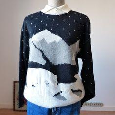 Christmas sweater, Polar Bear print sweater, Cute Holiday Sweater, novelty print cozy nordic sweater, shiny fun vintage sweater sz M Cute Polar Bear, Cute Bears, Cool Jumpers, Sweater Cardigan, Men Sweater, Holiday Sweaters, Nordic Sweater, Bear Print, Novelty Print