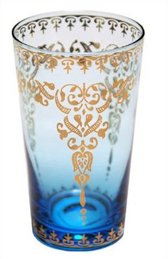 The exotic, fanciful look of Moroccan tea glasses make them an elegant staple of the international table, whether you're entertaining al fresco or dining indoor. Everyday Glasses, Bliss Home And Design, Devine Design, Golden Design, Tea Glasses, Turquoise Glass, Filigree Design, Bar Set, Home Decor Items