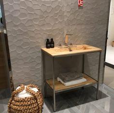 Norwegian Wood Design – Servantskap og stativ