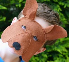 Kangaroo felt mask by Schooza (and Ebony Shae)
