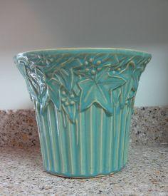 Large McCoy Vintage Pottery Planter Flower Pot Turquiose Blue Ivy & Berry #McCoy