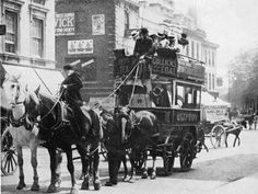 The Manchester Evening News runs a regular Nostalgia column which . - Start gathering all your extended family knowledge and get it online in an unbelievable program, so your relatives and descendants can see it all River Severn, Horse Drawn Wagon, Bristol England, Character And Setting, City Of Bristol, Dieselpunk, Old Pictures, Historical Photos, Great Places