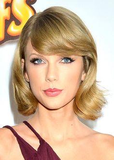 Bangs / La frange Taylor Swift