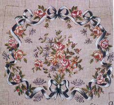 001-LLLL91 Louis XVI cushion