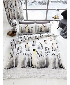 Adorable 3D Penguins Double Duvet Cover and Pillowcase Set.
