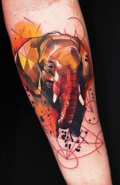 Graphic tattoo by Ivana Belakova.