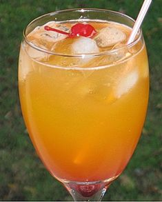 Kill Bill  (1 oz. Gin  1 oz. Peach Schnapps  1 oz. Southern Comfort  1 oz. Lemon Schnapps  2 oz. Peach Nectar  Splash Lemon Juice  Splash Grenadine  Cherry for garnish)