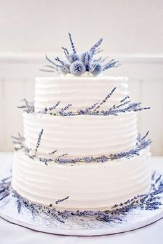 Lavender wedding cake with fresh one decorated. Lavender wedding cake decorated with fresh lavender Floral Wedding Cakes, Purple Wedding Flowers, Wedding Cake Rustic, Wedding Vintage, Lavender Wedding Cakes, Lavender Weddings, Rustic Cake, Cake Wedding, Scottish Wedding Cakes