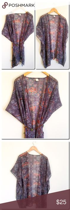 Beautiful Chiffon Kimono S/M EUC Beautiful Chiffon Kimono - Perfect for Spring and Summe - Tag says One Size - I would say S/M Fit - Bought at Bloomingdales outlet. Other