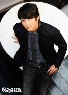 Lee Joon-gi (이준기) - Picture Korean Male Actors, Korean Men, Lee Joong Ki, Most Handsome Actors, Arang And The Magistrate, Wang So, Hot Asian Men, Joon Gi, Lee Jong