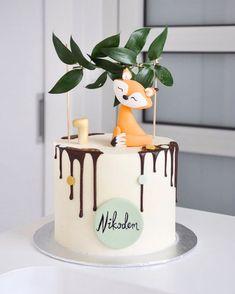 Baby Boy 1st Birthday Party, Baby Birthday Cakes, Baby Cakes, Cupcake Cakes, Drip Cakes, Cute Cakes, Celebration Cakes, Baby Shower Cakes, Cake Art