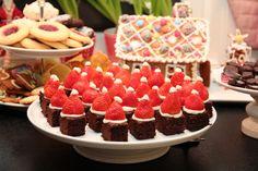 Vis innlegget for mer. Scandinavian Christmas, Brownies, Raspberry, Recipies, Goodies, Xmas, Cupcakes, Sweets, Candy