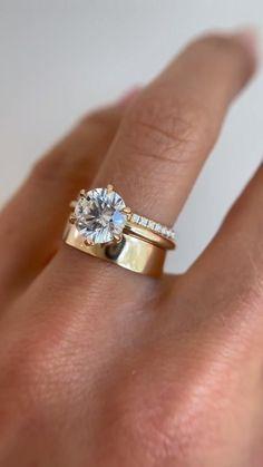 Dream Engagement Rings, Unique Engagement Rings Simple, Unique Rings, Moissanite Engagement Rings, Unique Wedding Rings, Wedding Engagement, Stacked Engagement Ring, Minimalist Wedding Rings, Timeless Engagement Ring